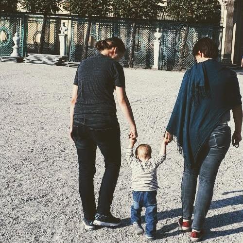 ЛГБТИ родители